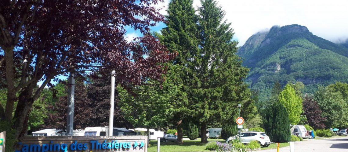 Orages : une Allemande meurt écrasée par un arbre dans un camping de Haute-Savoie