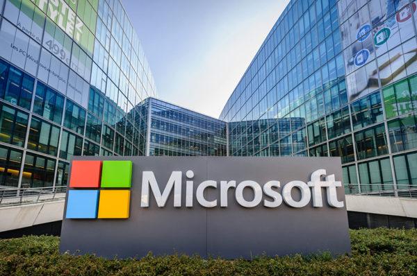 Microsoft déconseille d'utiliser Slack et Google Docs