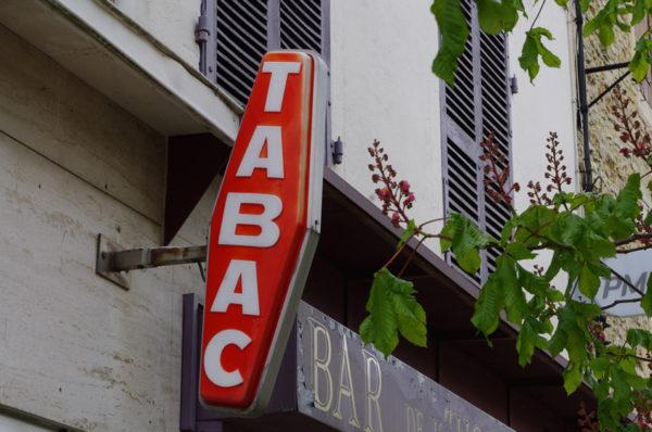 Des buralistes de cinq régions françaises vont vendre des billets de train